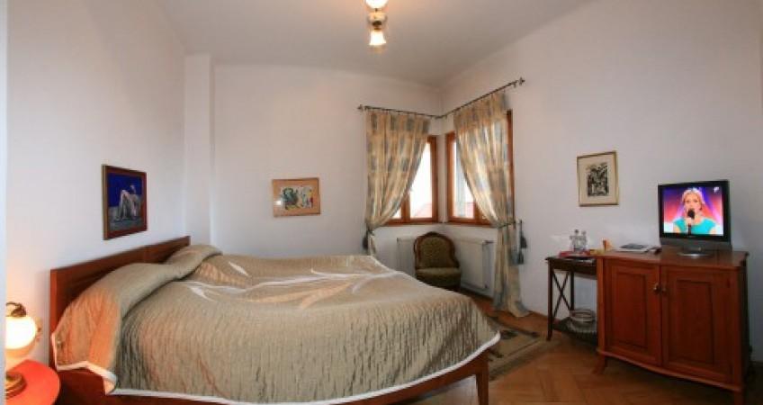 Foto Cameră Twin 3* Casa Cranta Brasov