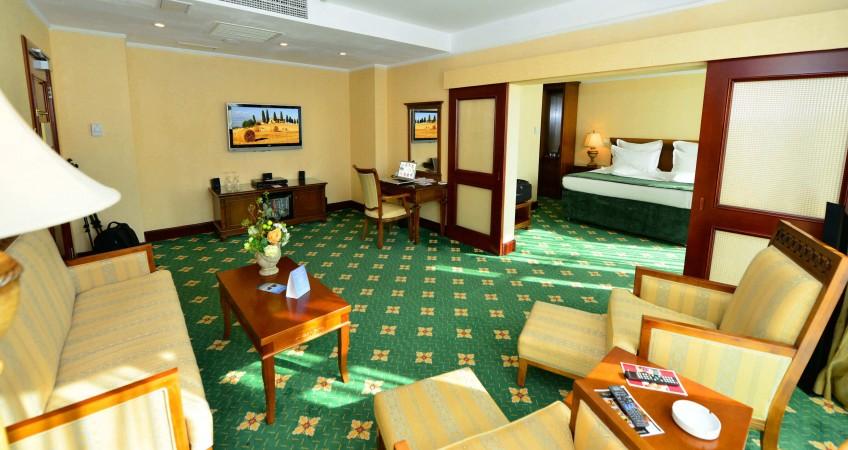 Cazare Apartament Hotel Ramada Brasov Brasov