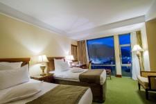 Cazare Cameră Twin Hotel Ramada Brasov Brasov
