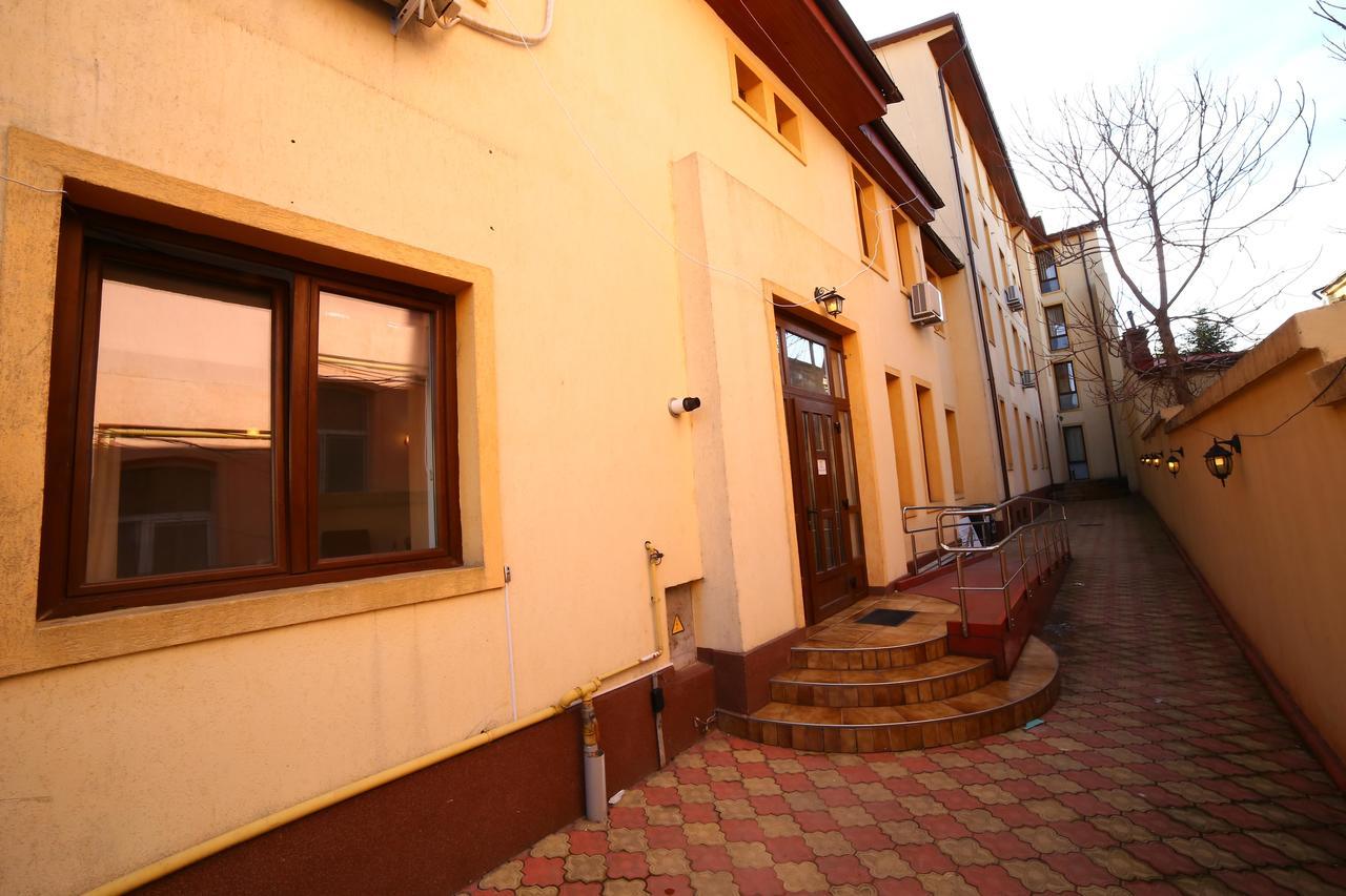 Bliss Residence - Parliament Villa