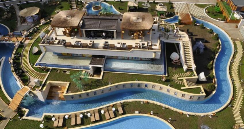 Galerie Phoenicia Holiday Resort