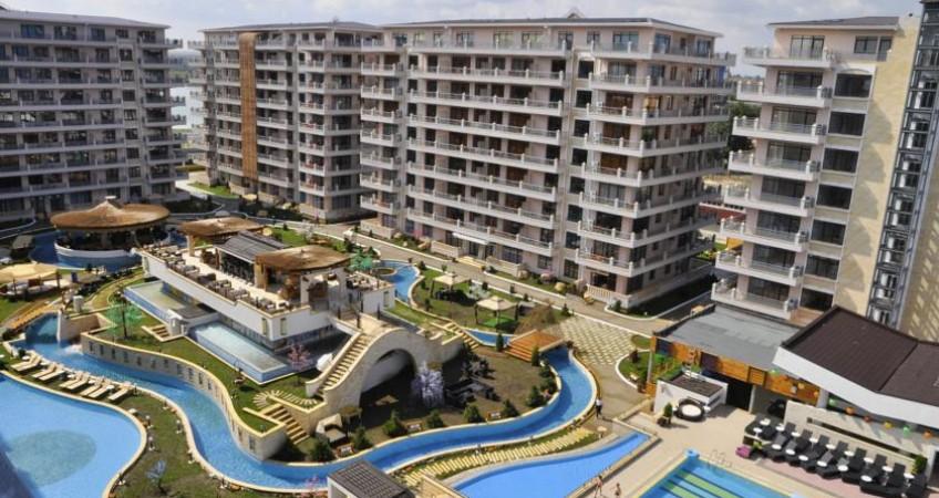 Cazare Phoenicia Holiday Resort