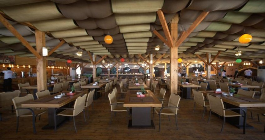 Foto Phoenicia Holiday Resort Mamaia Nord