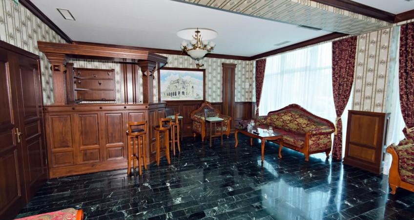 Cazare Hotel Regal