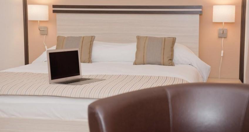 Galerie Hotel Check Inn